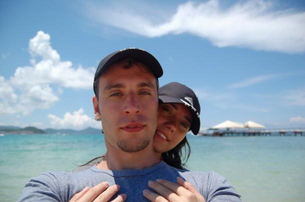 Нас зовут Григорий и Натали. Нам по 25 или чуть больше.